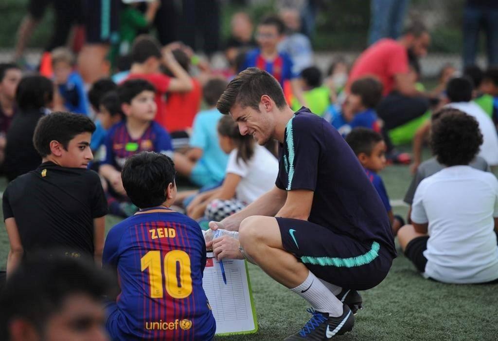 El graduado EUSES-URV, Jonatan Tomás, organiza pruebas de selección con la Barça Academy Kuwait
