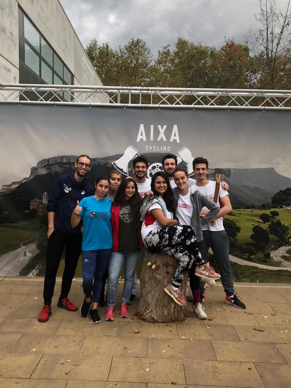 L'Escola Universitària de la Salut i l'Esport col·labora en la cursa ciclista Aixa Girona