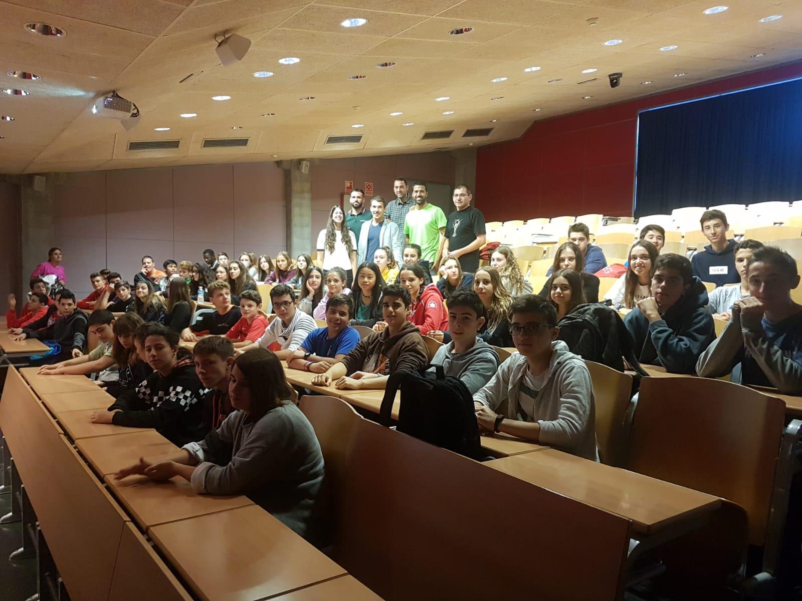 EUSES dona el tret de sortida a la temporada de tallers formatius amb la visita d'estudiants de 4t d'ESO de l'IES Vall de Llèmena