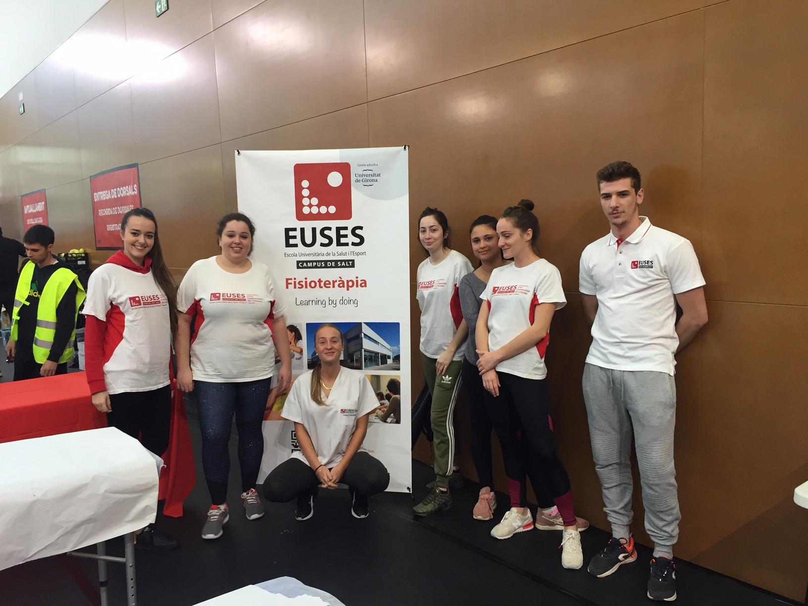 Alumnes del Grau en Fisioteràpia d'EUSES recuperen els participants de la WTS Cervelló, amb proves de Trail i BTT